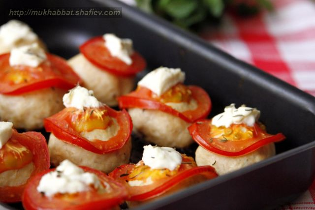 chicken cutlets cheese tomato