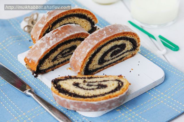 polish poppyseed roll